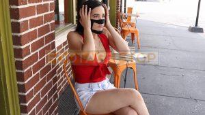 face-mask-hispanic-girl-steven-andres-photography